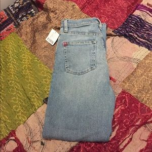 BDG skinny jeans NWT